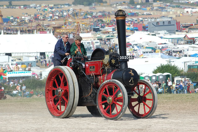 """Aveling & Porter Tractor 10563, """"Old Peculier"""""""